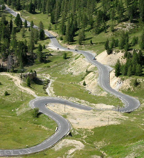 winding-mountain-road